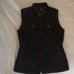 Banana Republic black outlined brown vest